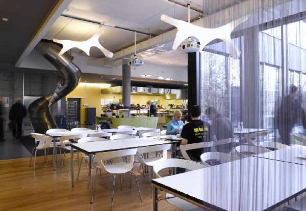 Restaurant-Table-and-Chair-at-Cool-Google-EMEA-Engineering-Hub-Office-in-Zürich-Switzerland-Architects-by-Camezind-Evolution